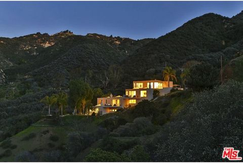House - Villa in Los Angeles, Los Angeles (California) a Sale