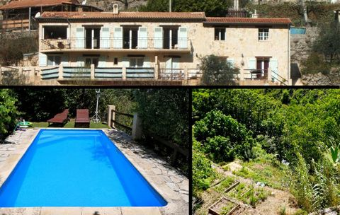 This Provencal building on the French Riviera between the sea and the mountains, close to Nice, with its stone facade, its 3 independent apartments and its large plot is located in a residential area of ​​the typical provencal village of Bouyon with ...