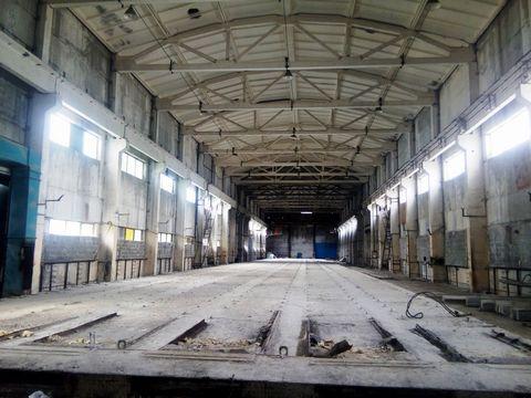 Продажа промышленно-производственного комплекса в Орехово-Зуевском р-не 75 км. от МКАД по Горьковскому шоссе. На участке площадью более 7,3 Га расположены производственно-складские помещения общей площадью 29500 кв.м. Земля и строения в собственности...