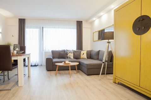 Recently renovated, bright and modern, this studio with one bedroom is a wonderful place to stay for an active holiday. There is room for up to four people and free wifi. The fully-equipped kitchen has a stove with two hobs, microwave, sandwich toast...