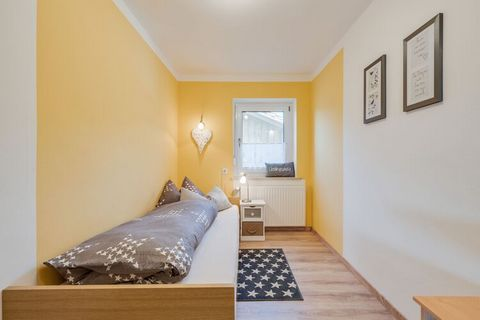 This spacious apartment in Wiesing is only 7 km from Viechtach in the Bavarian Forest. The terrace and garden, shared with the owner, is ideal for sunbathing and barbecuing. Excursions in the area include: Viechtach, hiking in the Regental, Churpfalz...