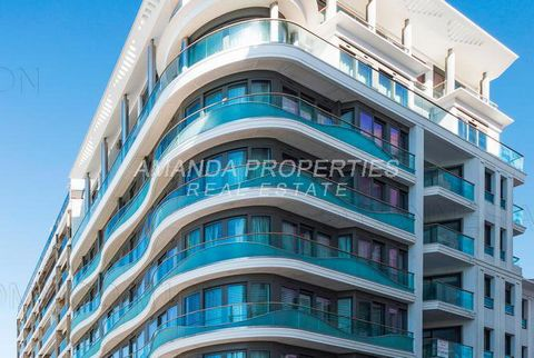 Located in front of the Palais des Festivals, with a wonderful view on the mythic Cannes red carpet of the Croisette, this modern apartment is totally new and furnished. It offers access by walk to the beaches, restaurants, shops and allows to be at ...