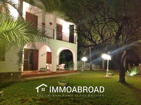 . You can find many more perfect properties in Genovés .Spain and surroundings on our website. IMMO ABROAD is the specialist in finding, buying, selling or renting your home abroad. Find the best villas, apartments, houses, farmhouses within your bud...
