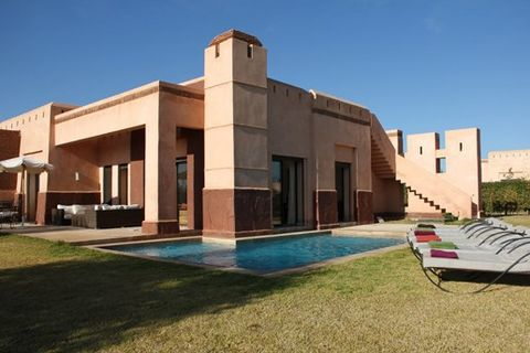 Here is one of our Marrakech villas for sale.A three bedroom, three bath/shower room luxury villa in this award winning new 'car free' development. This delightful villa has its own private pool, garden and roof terrace. The development includes a 3 ...