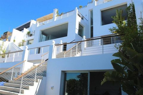 Overlooking the Mediterranean Sea from a cliff above the Strait of Gibraltar, this one-of-a-kind villa is arranged over six levels with spectacular sea-view terraces on every floor. THE ARCHITECTURE AND DESIGN Completely restructured and designed in ...