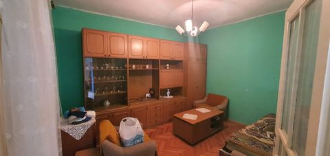 Location: Primorsko-goranska županija, Crikvenica, Dramalj. We are selling a house in Dramalj, the house has 95 m2 for sale for 160 000 Euros, The house consists of a living room, kitchen with dining room, bathroom, two bedrooms, has a large garden, ...