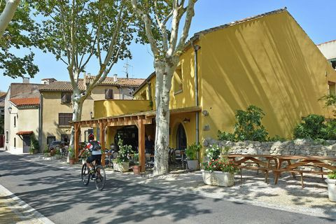This apartment in Villesèque-des-Corbières is a perfect vacation home for a small family of 4. The 2 bedroom apartment has a swimming pool which is shared by other guests as well for taking a refreshing dip. You can also spend time relaxing in the we...