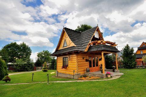 Zapraszamy na niezwykły urlop w Bajecznym domku położonym u stóp Tatr 100 m n.p.m. Domek, został zbudowany i wykończony zgodnie z tradycyjną, góralską architekturą. Wnętrze wykończone w drewnie oraz piękne widoki z okien tworzą wspaniałą atmosferę do...
