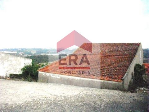 Warehouse of 108M2. Inserted in batch of 350m2. Energy Rating: Exempt #ref:150130160