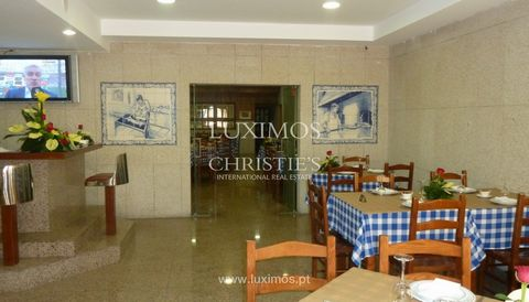 Shop , for sale , fully equipped for restoration, at Muro , Trofa . With a great location on the National Road in Maia/Trofa. Great investment opportunity. Internationally awarded, LUXIMOS Christie's presents more than 1,200 properties for sale ...