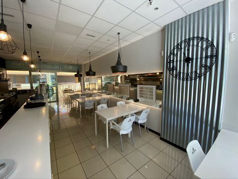 Business Broker Spain is pleased to offer an Italian Gastro Bar for sale, located in the heart of Los Cristianos nightlife, in the Pasarela shopping center. This is the only Italian gastro bar with home cooking and genuine ingredients. The restaurant...