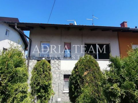 Family house with three apartments and a large garden for sale in an excellent location - Bukovac, Zagreb. PROPERTY DESCRIPTION: Basement / ground floor - apartment 35m2 - kitchen, bathroom, 2 bedrooms Ground floor: apartment 48m2 - hallway, kitchen,...