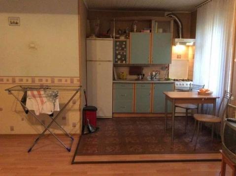 Лот №bl3193959. дом в районе спутника, 3 комнаты, вода холодная, горячая, туалет внутри, мебель необходимая есть. плюс счетчики