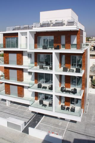 Modern residential apartment complex of 11 units that combines modern architecture and high-quality materials. The complex is an excellent investment with a guaranteed rental income, as the area has excellent infrastructure, with easy and convenient ...