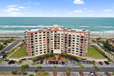 This one has that WOW factor when you walk in! Amazing 180 degree view from the 8th floor from entry, kitchen,dining & living room corner unit. Watch the boats and sunsets over the intracoastal waterway and golf course or go out on your balcony and t...