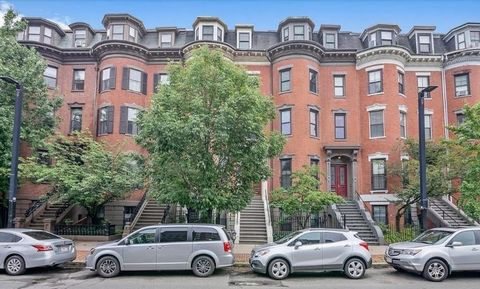 Beautiful and spacious 2-bedroom unit on the second floor of a gorgeous South End brownstone.The unit consists of a lovely open floor plan living, dining and kitchen area, two private south facing bedrooms, a recently updated bathroom with deep soaki...