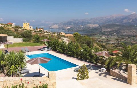 This property has an exceptional position with stunning views to Argostoli, lagoon (Koutavos), mountain Enos and St. Georges Castle which can be enjoyed from the big verandas and balconies. The 2,882m2 plot is surrounded by great stone walls and sepa...