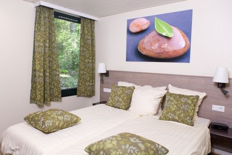 Fully furnished accommodations, always surrounded by nature Free unlimited access to the Aqua Mundo subtropical swimming paradise Free entertainment in the Market Dome tropical center Free (covered) activities for everyone Final cleaning of the accom...