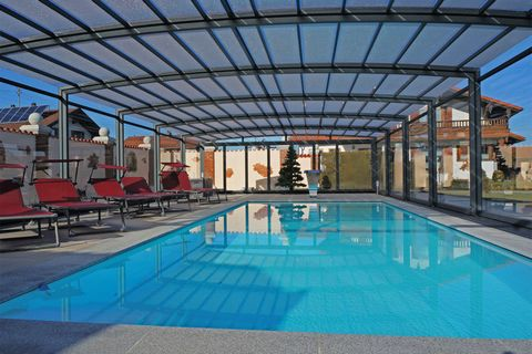 This is a spacious and modern luxury apartment located in Feldwies (Übersee), in Bavaria, South of Germany. It comes with a gallery bed in the attic and can comfortably accommodate 6 people. Locally, one may indulge in some horse riding, visit the lo...