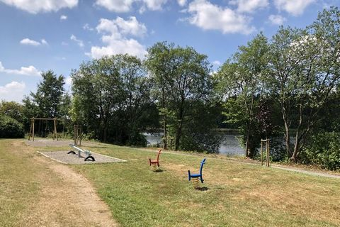 The small Am Waldsee holiday park is just outside Clausthal-Zellerfeld. It consists of around fifty wooden log-houses of different types. The houses are around a lake and surrounded by woods. The lake is good for swimming. You can choose from the poi...