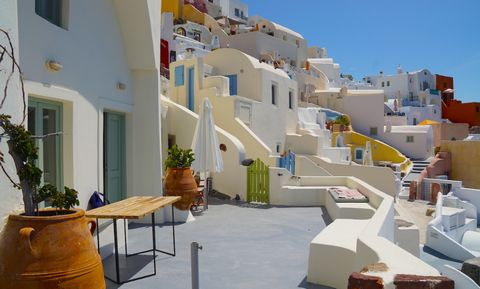 2 Traditional cave houses, on Caldera,Oia Santorini, with 180 degree view of the volcano. They are separate units with common veranda,but can be unified as one house. House 1: One double bedroom, one bathroom, one living room which could host comfort...