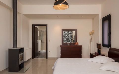 Villa for sale in Chania Crete is a luxury villa with 3 bedrooms and private pool. Villa for sale in Chania Crete offers stunning views over the Cretan sea and the White mountains, the split-level Villa Chania is located in Megala Chorafia of the anc...