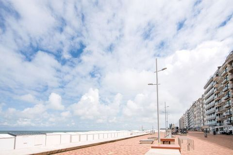 For a wonderful sun, sea and beach holiday in Wenduine, you are in the right place. This studio is located at a stone's throw from the North Sea. Spend your days relaxing in the sun, by the water or visit the lovely center of Wenduine. Ostend is easi...