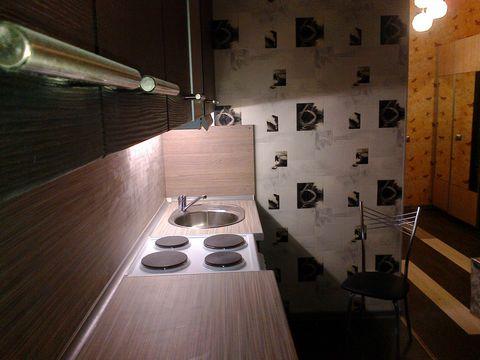 Видовая просторная квартира в Балашихе! Просторная 3-х комнатная квартира в хорошем состоянии.. Два санузла , три лоджии, хозблок (1,5 м2). Комнаты 20/16/17 м2, кухня 12 м2, высокие потолки (3м). Год постройки 2009. Квартира мебелированна, техника и ...