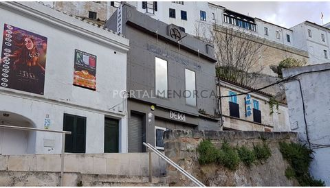 Would you like to set up a club in the night life area of Mahón? This is a great opportunity and if the premises are too big, you can always create two different spaces and rent or sell one of the spaces independently. The property sold is comprised ...
