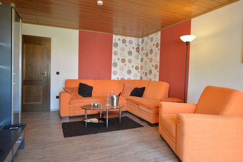 Przytulne mieszkanie na Waldbrunnen piękny Hunsrück Ten przytulny, pięknie urządzony apartament z jego 60 metrów kwadratowych znajduje się na parterze w cichej regionach małej Hunsrück miejsce książce. Najbliższe znajdziesz uhrige zamkowym Kastellaun...