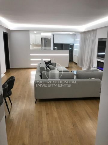 Property Code: 18111 - Apartment FOR SALE in Attika - South Voula for €550.000. This 120 sq. m. The apartment is built on the 1 st floor and features 3 Bedrooms, Kitchen-livingroom, 2 Bathrooms The property also enjoys a Heating system: Autonomous he...