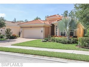 PRIVATE LOT....SCREEN ENCLOSED POOL AND SPA.....SPACIOUS OUTDOOR KITCHEN AND LIVING AREA......HURRICANE GLASS WINDOWS AND DOOR.......GOURMET KITCHEN WITH GRANITE COUNTER TOPS, WOOD CABINETS, AND STAINLESS STEEL APPLIANCES......EXTENED TILE FLOORS.......