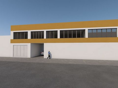 Office with a private gross area of 294 m2 and gross dependent area of 115 m2, located in Praceta São Francisco Xavier and Rua Trigueiros Martel, in Sacavém.A need of total worksThe fraction is at the level of the 1st floor with access through the af...