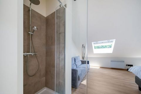 This holiday home is highly recommended for a relaxing holiday in Belgium. It is located in Marchin and is large enough for a family with children or a group of 6 people. It has a jacuzzi where you can completely relax. Marchin is a small town with m...