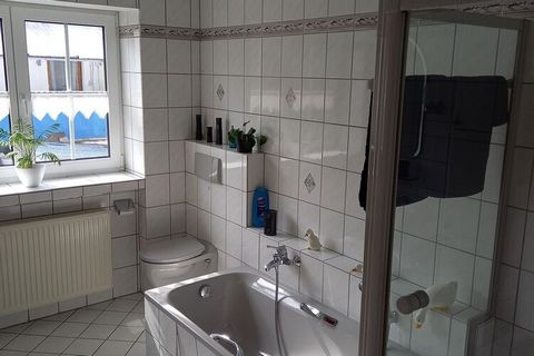 With an elegant and high-quality interior, this 3-bedroom apartment in Rhineland-Palatinate offers a luxurious stay. The apartment is ideal for a family or a group of 6 friends. The fully equipped kitchen invites you to cook with friends. You can do ...