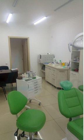 Номер объекта: 37245 Продам действующий бизнес-стоматологический кабинет общей практики(протезирование, терапия, хирургия). Лицензии, сертификаты, оборудование.