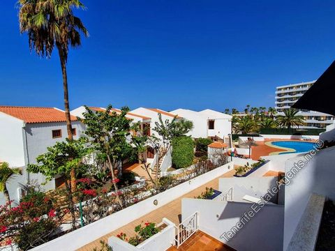 1 bedroom apartment for sale on Garden City in San Eugenio for 185,000€ This well priced one-bedroom apartment is in the ever-popular Garden City complex in San Eugenio Bajo. It is a nice position close to the quieter top swimming pool. It has a sout...