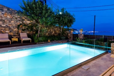 For sale 3-storey villa of 172 sq.meters in Crete.The ground floor consists of 2 bedrooms, one bathroom.The first floor consists of 2 bedrooms, living room with kitchen, one kitchen, one WC.The second floor consists of one bedroom, one bathroom, one ...