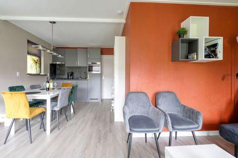 Ga voor optimale privacy in dit gezellige vakantiehuisje met een terras en een tuin. Het is groot genoeg voor een gezin met kinderen en heeft een mooie, verzorgde inrichting. Ermelo ligt in Gelderland, niet ver van Harderwijk. Het huisje ligt op 1,5 ...