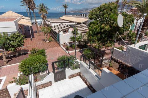 Referencia: 03218. Primera línea, Duplex en venta, Parque Santiago II, Las Americas (Arona), Tenerife, 2 Dormitorios, 73 m², 420.000 €